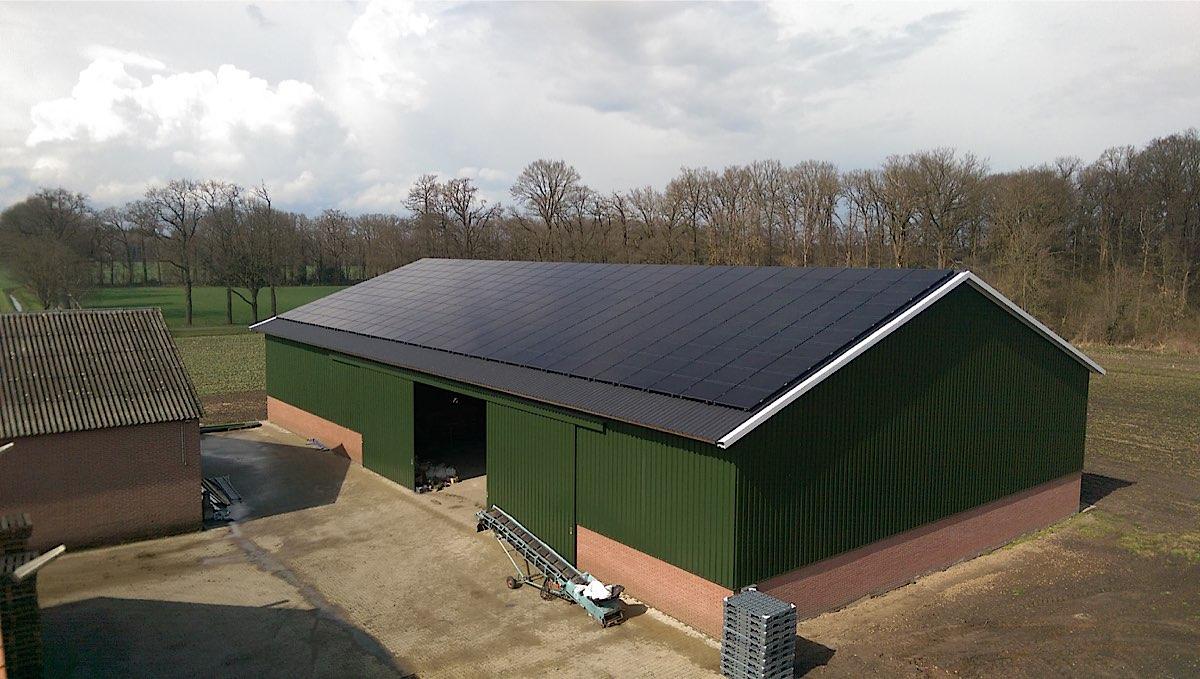 Moderne schuren hebben vaak ideale oppervlakte voor zonnepanelen